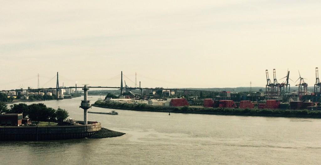 Stattreisen Hamburg Kinder Hafen Elbe