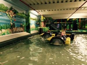 Indoor Spielplatz Rabatzz Boot See Wasser