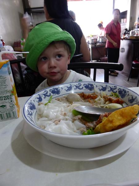 Oach nöö- bitte nicht schon wieder Reissuppe!