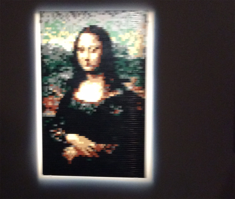 Art of the brick lego-ausstellung mona lisa aus lego