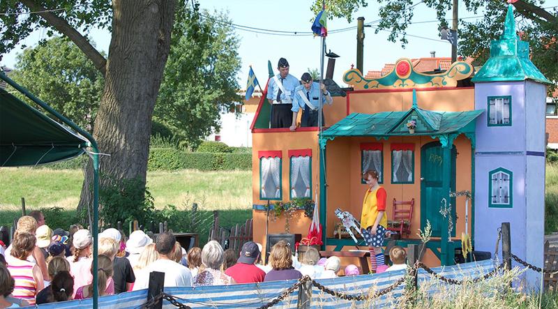 Pippi Langstrumpf Theaterschiff Batavia Kindertheater Open-Air