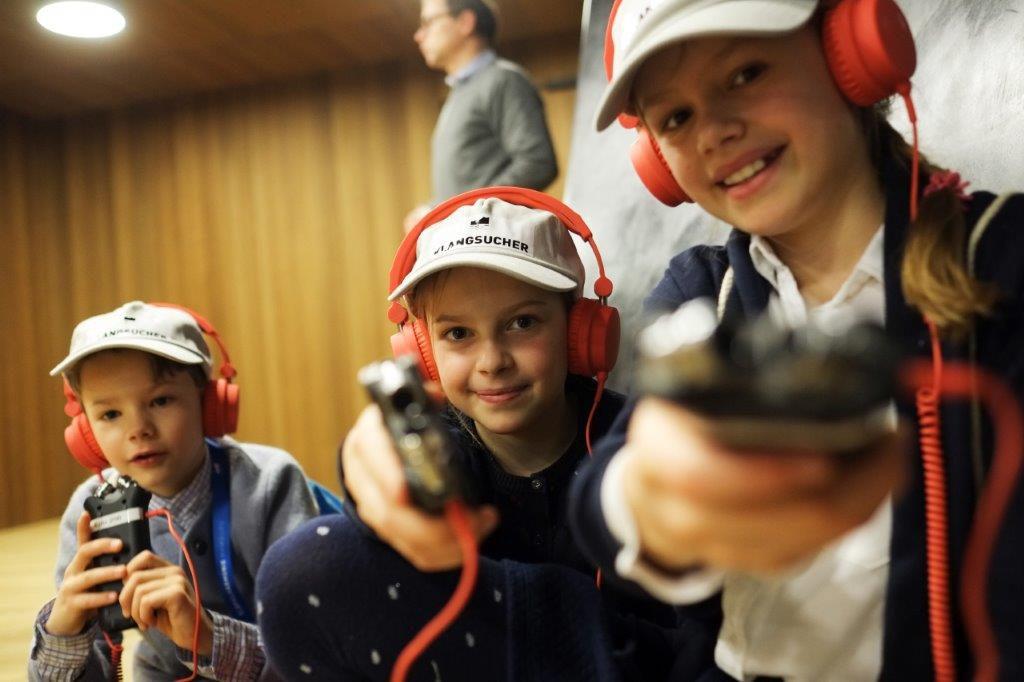 Auf Geräuschejagd: In der Elbphilharmonie konnten Kinder zu Klangsuchern werden