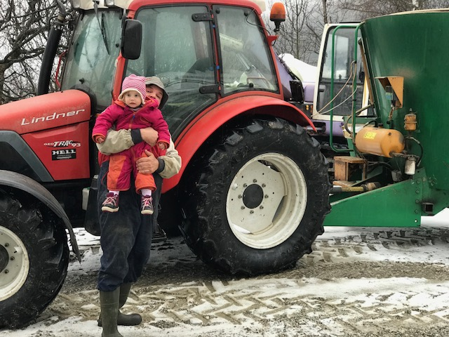 Bacherhof Lüsen Luesen Südtirol Urlaub auf dem Baernhof Trecker Traktor