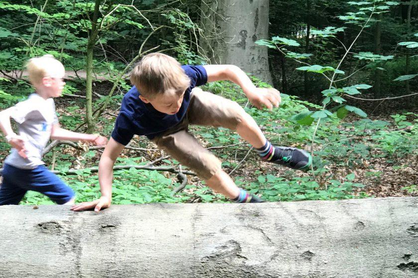 Parkour für Kinder Draußen Natur Hamburg Roots Movement Simon Pouly